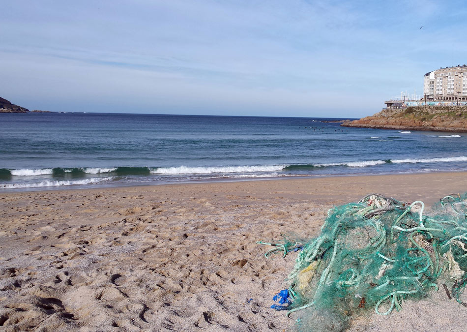 Abandoned, lost or otherwise discarded fishing gear (ALDFG) in marine areas
